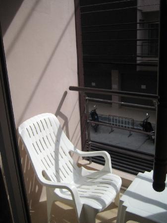 Baramee Hip Hotel: balcony