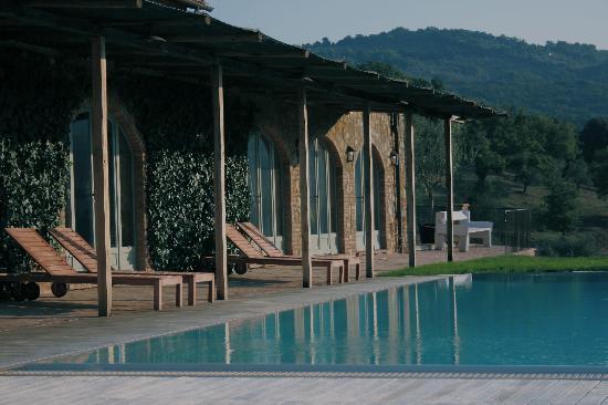 Conti di San Bonifacio Wine Resort: Pool