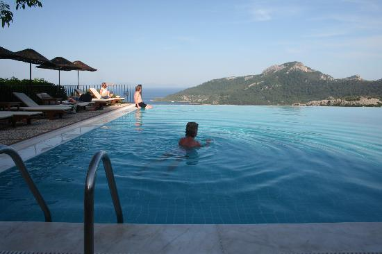 Kumlubuk, Turkey: Dionysos Swimming Pool