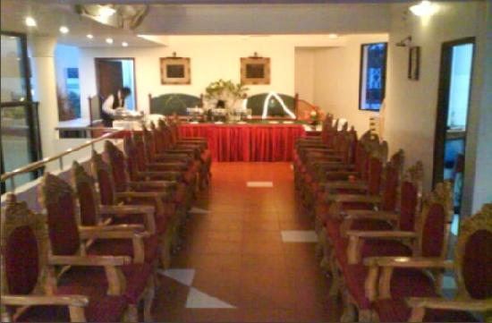 Indrapuri Rajadhani: Banquet Hall