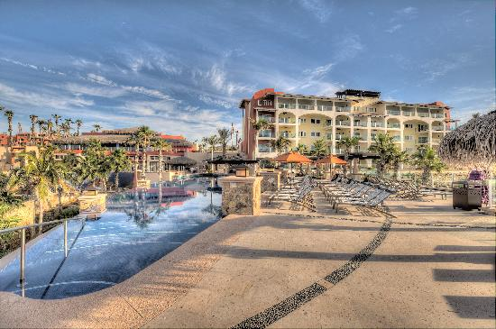 Welk Resorts Sirena Del Mar: Pools and Villas Building