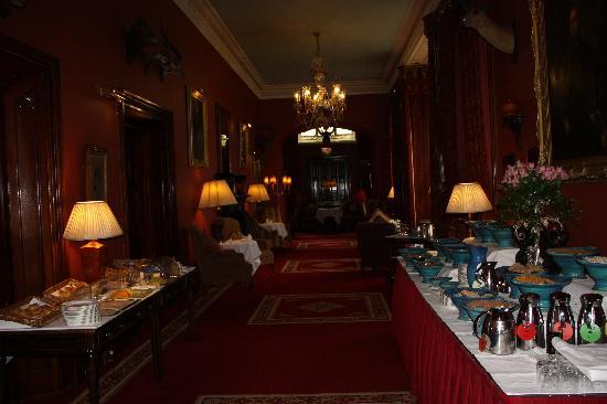 Dromoland Castle Hotel: Breakfest buffet or menu items great!