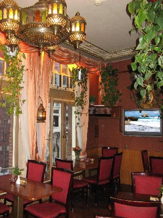 Hotel Nadia: breakfast room