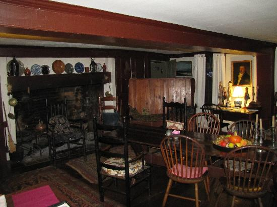 Stephen Daniels House: Dining room where breakfast is served