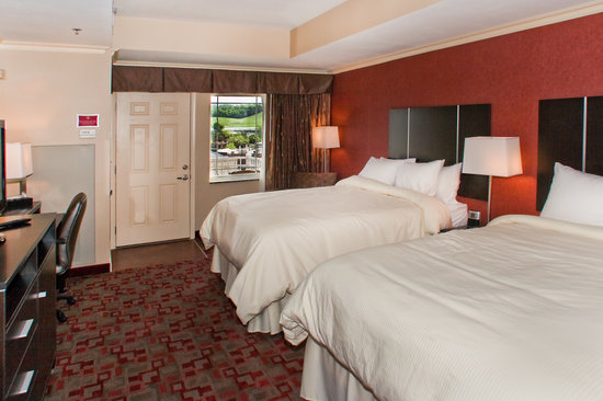 Clarion Inn Dollywood Area: Double Queen Bed Room