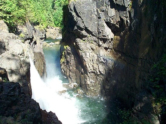 Campbell River, Canada: Elk Falls. It's a short hike and well worth it.