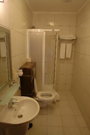 هوتل بريستيج: Bathroom