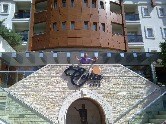 Grand Cettia Hotel: Cettia Entrance