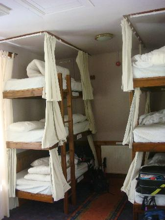 The West Highland Way Sleeper: Bunk beds