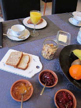 La Closerie Saint Martin: Yummy breakfast!