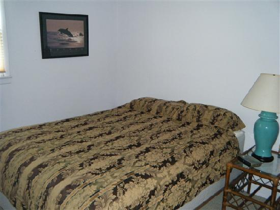 White Whale Motel: Bedroom