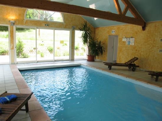 Hotel Le Bout du Monde : la piscine