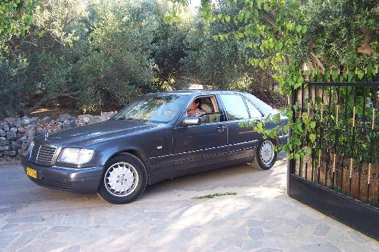 Janet's Apartments Elounda: Taxi service provided