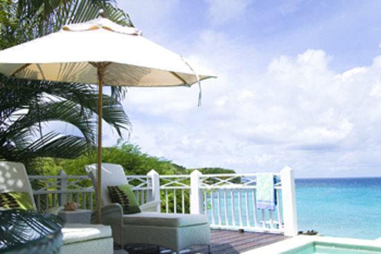 Mustique: Deluxe Room Deck with plunge pool