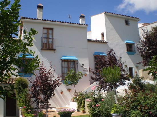 Casitas de la Sierra: The houses of Casitas, surrounded by beauty