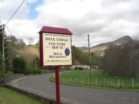 Dall Lodge Country House: Dall Lodge Sign