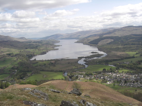 Dall Lodge Country House: Loch Tay from above Killin