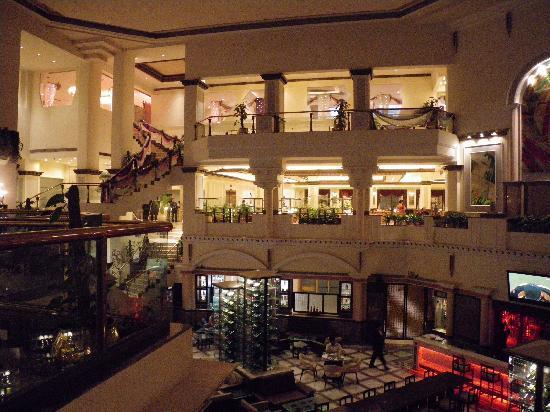 Suryaa Hotel Delhi Review