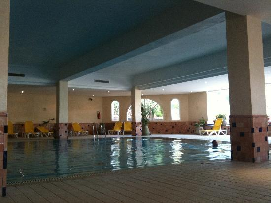 Vincci Resort Djerba: piscine intérieure