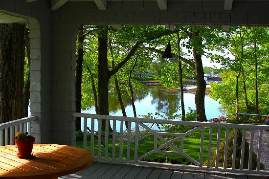 Bufflehead Cove Inn: Beauty embraced us from every view