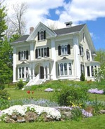 Blair House Heritage Breakfast Inn: St. Stephen - Calais: Blair House Inn - a perfect location