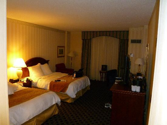 Spartanburg Marriott : Bed