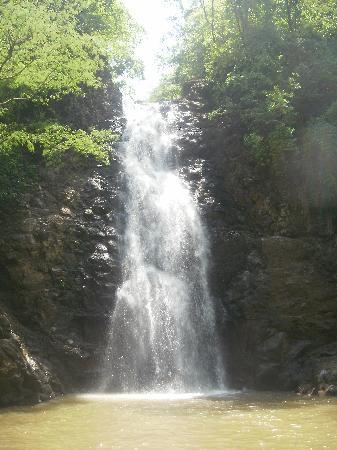 Tambor, Costa Rica: Waterfall in Montezuma