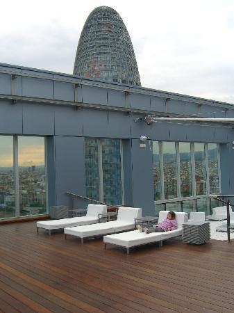 Novotel Barcelona City: Terrasse du toit