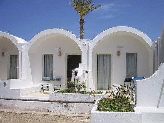 Hotel Meninx : les chambres vues des jardins