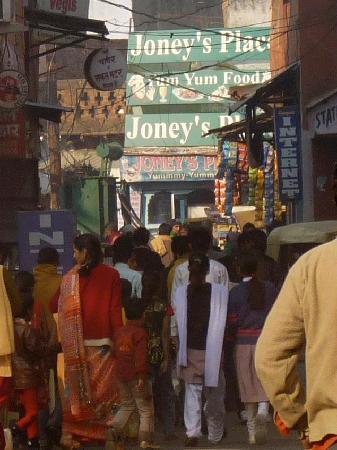 Joney's Place: Joney's is a true hole-in-the wall along the main drag in Taj Ganj