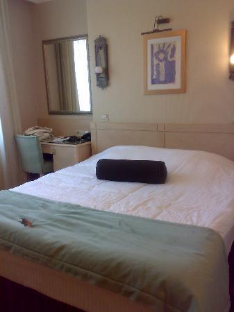 Hotel Seraglio: room