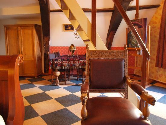 Hotel de Emauspoort: Interior of Room