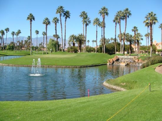 Palm Desert, CA: Average golf course