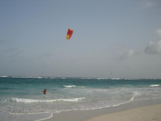 Ocean Bliss Apartments: FEEL LIKE KITESURFING?
