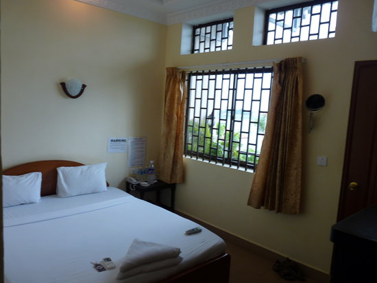 Waterview Guest House: Room
