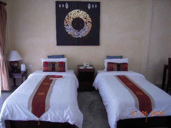 Secret Cliff Resort: Twin Bed Room view