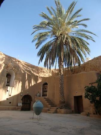 Hotel Marhala の中庭
