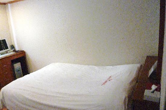 Hotel Angel: ベット