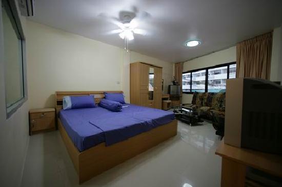 Hotel Elephant Plaza: Standard Zimmer