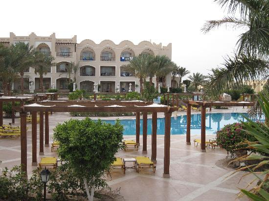 Jaz Makadi Star & Spa: Pool area