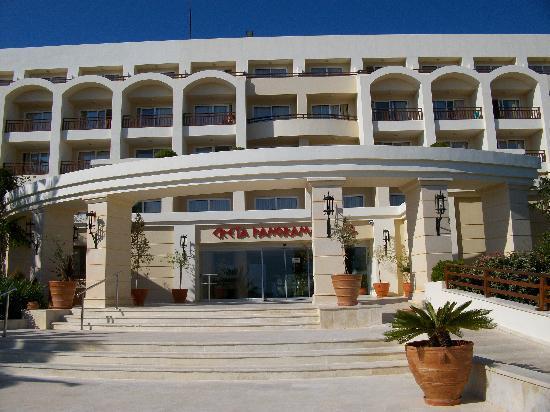 IBEROSTAR Creta Panorama & Mare: Front of Hotel