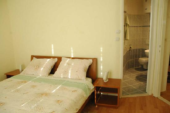 Apartments Milic: room with duble bed