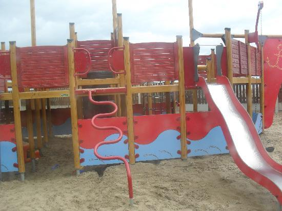 Kelly's Resort Hotel & Spa: outdoor playarea