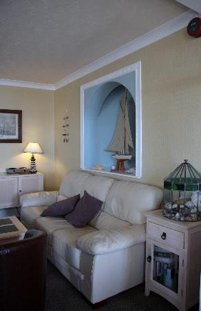 Coverack, UK: The Bay Hotel, Lounge