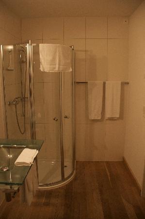 Hotel Rathaus-Ristorante Pizzicata: Bathroom