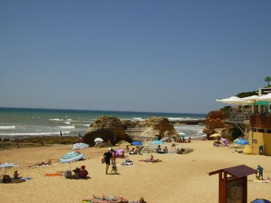 Velamar Budget Boutique Hotel: Olhos D'Agua beach