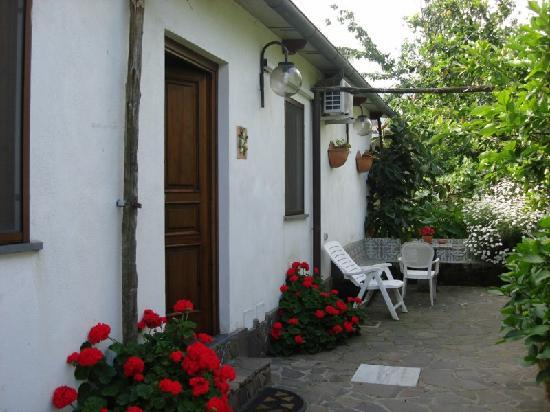 Casa di Campagna Bed & Breakfast: Exterior of the rooms