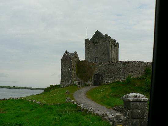 Ireland: ThecCoast