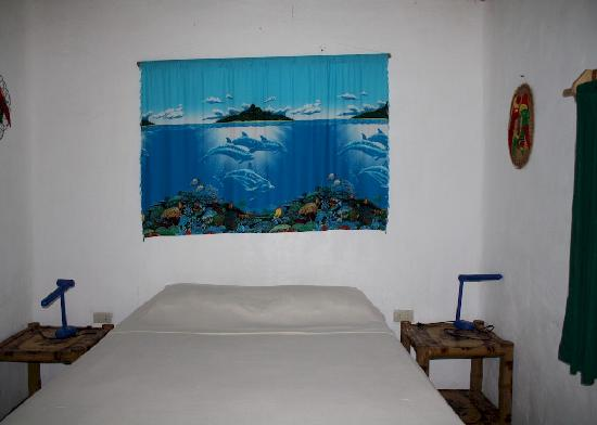 Marinduque Island, Philippines: honeymoon room