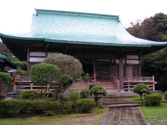 Saikyoji Temple: Tempelhalle